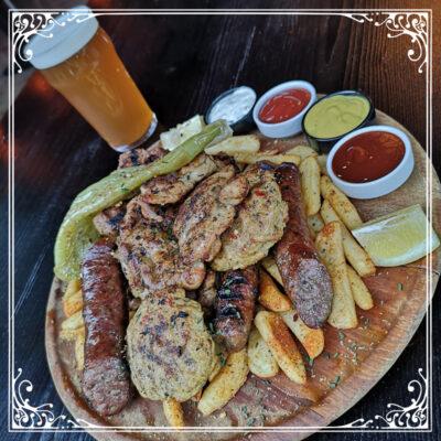 green rose pub meet plate